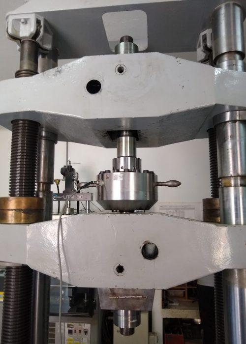METROTEST-Calibración de máquinas universales de ensayo