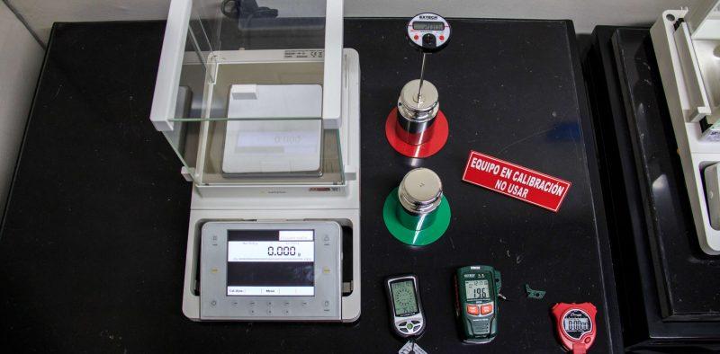 METROTEST-Calibración de masa cilíndrica